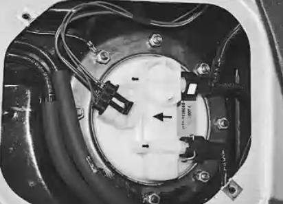 Замена сетки бензонасоса ВАЗ 211 : описание работ