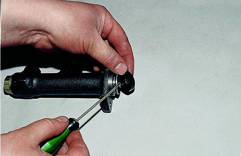 ремонт цилиндра сцепления